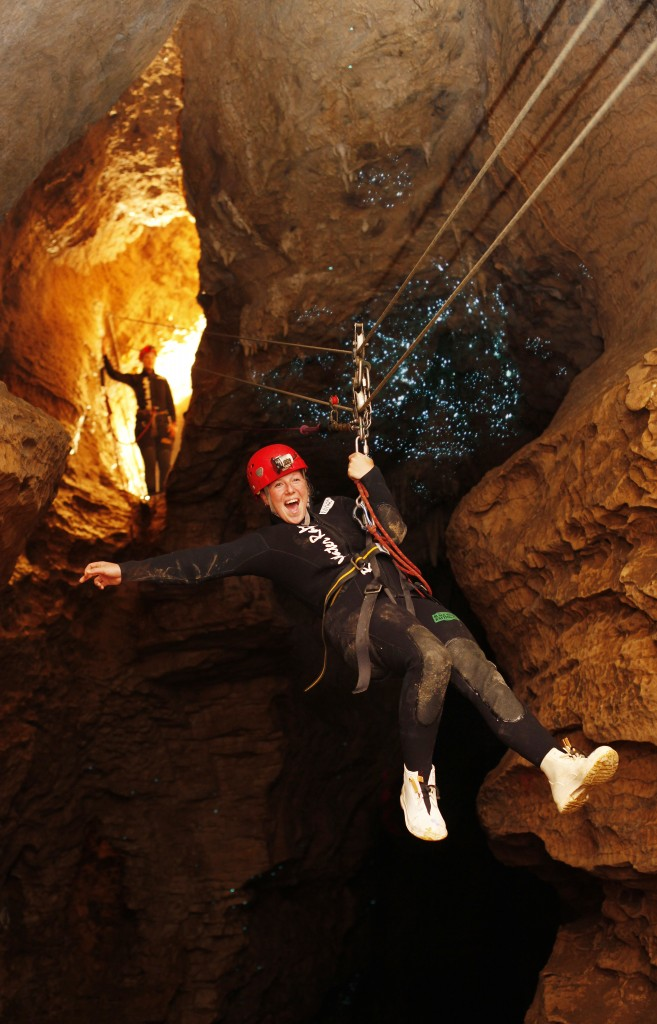 DW_2_Abyss_Girl_Abseiling_Under glowworms
